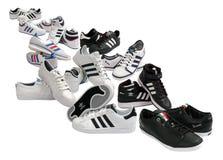 ботинки adidas Стоковые Фотографии RF