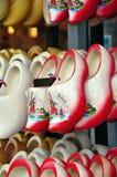 ботинки clog голландские деревянные Стоковые Изображения