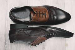 Ботинки ` s людей классические коричневые Стоковые Изображения RF