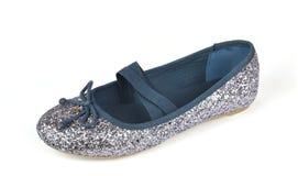 Ботинок балерины плоский на белизне стоковое фото
