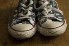Ботинок играет главные роли винтажные шнурки Стоковая Фотография