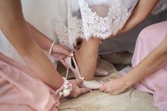 Ботинок красивой невесты Стоковые Фото