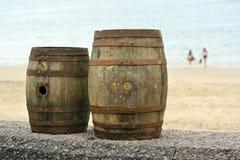 Бочонки на пляже Стоковые Фото