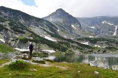 Болгарский волынщик в горе Стоковое Фото