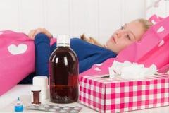 Больная девушка подростка Стоковая Фотография RF