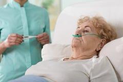 больная женщина стоковые изображения rf