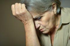 Больная пожилая женщина Стоковое фото RF