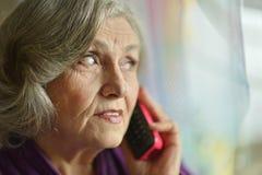 Больная пожилая женщина Стоковые Изображения RF