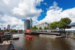 Большая автостоянка велосипеда в Амстердаме Стоковое Изображение RF