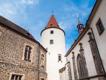 Большая башня замка Krivoklat в чехии Стоковые Фотографии RF