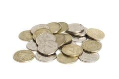 Большая куча монеток изолированных на белой предпосылке Русская рублевка Стоковая Фотография RF