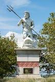 Большая общественная статуя короля Нептуна который приветствует все к аквариуму Атлантик-Сити в Нью-Джерси стоковое фото rf