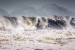 большая ломая волна стоковая фотография rf