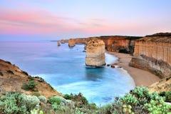 Большая дорога океана - 12 апостолов на зоре Стоковое Изображение