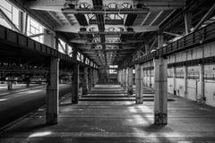 Большая промышленная зала станции ремонта Стоковые Фотографии RF