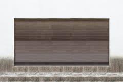 Большая пустая афиша на стене улицы Стоковая Фотография