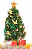 Большая рождественская елка с украшениями Стоковое Изображение