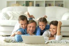 большая семья счастливая Стоковое фото RF
