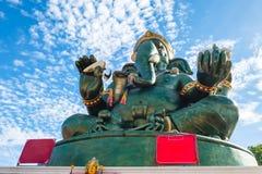 Большая статуя Ganesha и индусский бог, Таиланд, отростчатый цвет Стоковые Изображения RF