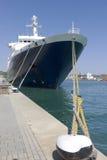 Большая шлюпка причаленная в гавани Стоковая Фотография RF