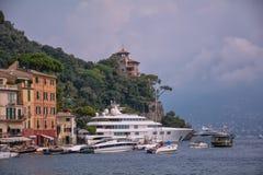 большая яхта стоковая фотография rf