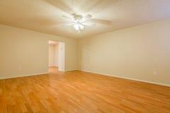 Большая Unfurnished комната Стоковое фото RF