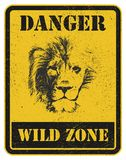 больше моего знака портфолио подписывает предупреждение сигнал опасности с львом Стоковое Изображение