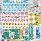 Больше чем 600 европейских знаков уличного движения Стоковая Фотография RF