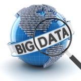 Большие данные с цифровыми глобусом и лупой Стоковая Фотография RF