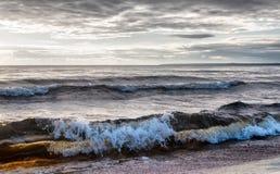 Большие волны на озере Стоковая Фотография RF