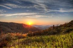 Большие закоптелые горы, hdr Стоковые Изображения RF