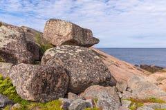 Большие камни на немце Kuzov острова Стоковые Изображения RF