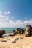 Большие камни на пляже стоковое фото rf