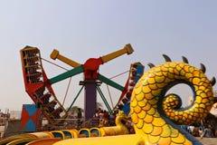 Большие качания/гигантские катят внутри Surajkund Стоковые Изображения