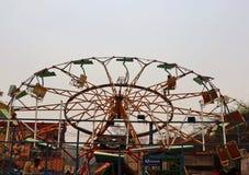 Большие качания/гигантские катят внутри Surajkund Стоковые Фото