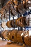 Большие крены запасов кабеля на складе склад адреса Стоковая Фотография RF