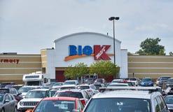 Большие магазин и логотип Kmart Стоковые Фото