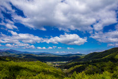 Большие облака над горами Стоковое Изображение RF