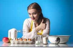 Большие пальцы руки Homemaker стоковые изображения rf