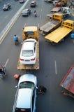 Большие тележки готовые для пересылки автомобилей, в автомобиле после выставки Стоковые Изображения RF