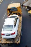 Большие тележки готовые для пересылки автомобилей, в автомобиле после выставки Стоковое Изображение RF