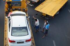 Большие тележки готовые для пересылки автомобилей, в автомобиле после выставки Стоковое фото RF
