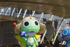 Большие украшения шаржа на японском традиционном параде на ЭКСПО 2015 Стоковое фото RF