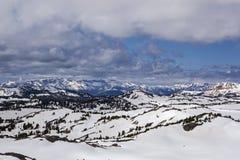 Зима в стране высокой горы Стоковые Фотографии RF