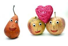 2 больших яблока с сердцем и ГРУШЕЙ Стоковое Фото