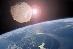 Большое астероидное заключение к планете земли Концепция апокалипсиса Стоковое Изображение