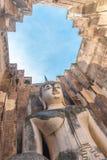 Большое изображение Будды в виске приятеля Wat Sri Стоковая Фотография