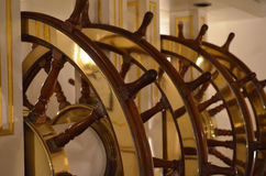 Большое колесо кораблей у руля парусного судна Стоковые Изображения RF