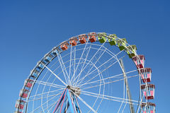 Большое колесо на голубом небе Стоковое Изображение RF
