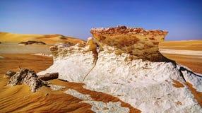 Большое море песка вокруг оазиса Siwa стоковое фото rf